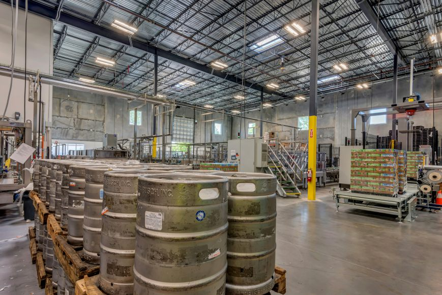 karbach-brewery-distribution-warehouse (4)